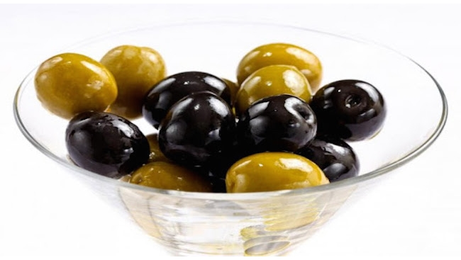 Оливки и маслины «Гигант»